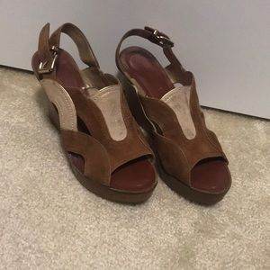 Suede and leather wedge sandals